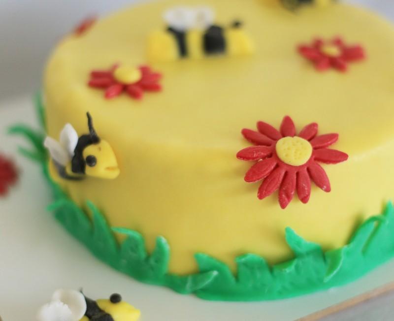 Bienen_Torte